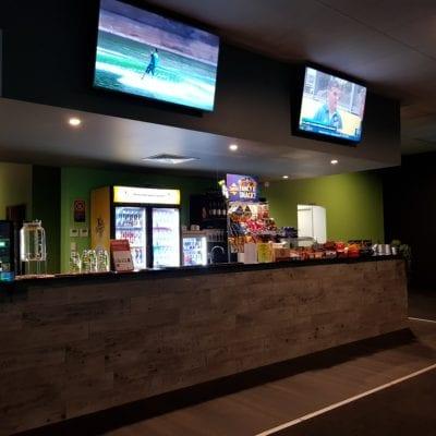 X-Golf Macarthur Bar